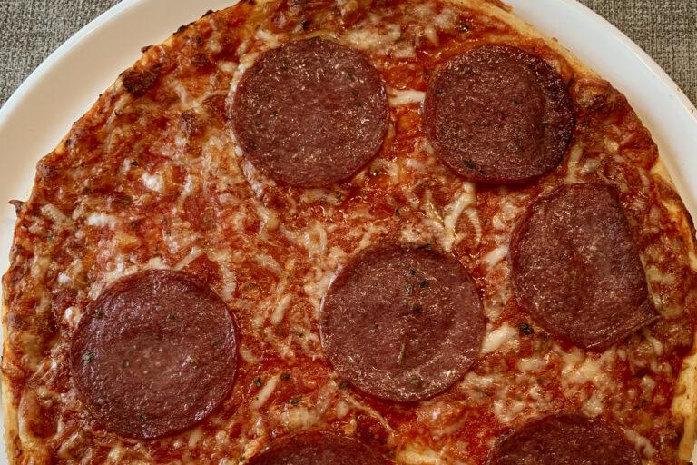 Salamipizza-Rezept-Glutenfrei